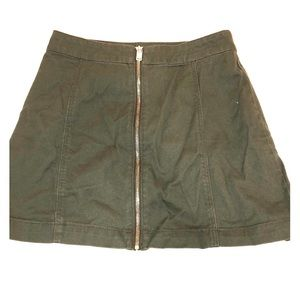 H&M zip-up mini skirt
